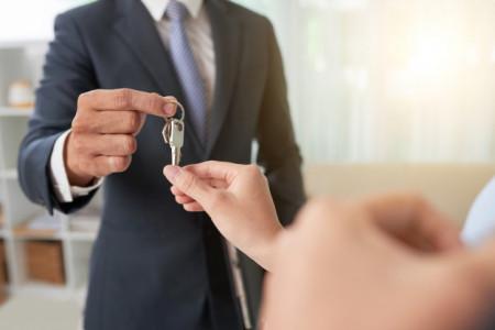 چطور تبدیل به یک مشاور املاک حرفه ای شویم؟