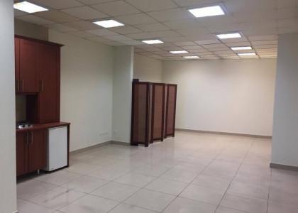 رهن و اجاره اداری و دفتر کار 105 متری